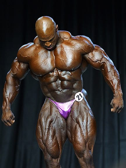 Quads Of The Gods: No More Skinny Jeans For These Guys