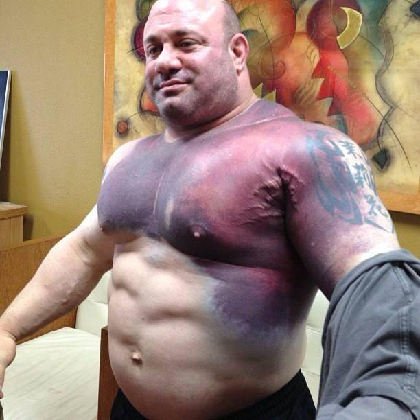 Scott Mendelson Tears His Pec In A 716 Pound Bench Press Attempt