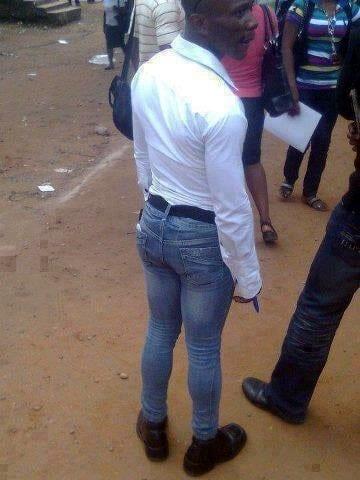 bodybuilders trying to wear skinny jeans4