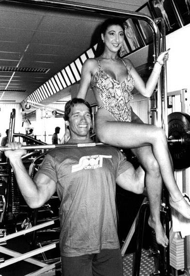 arnold with girls