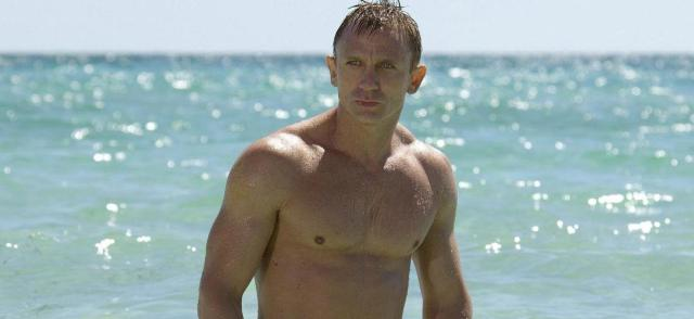 daniel craig james bond muscle hollywood movie actor