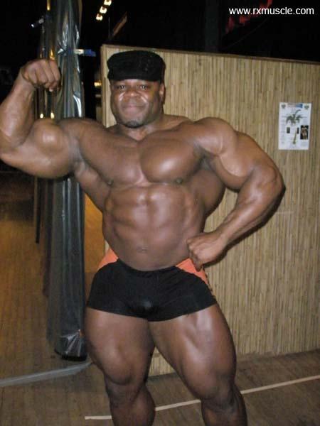 Bodybuilders Controversial Off-Season Shape  Bodybuilders Co...