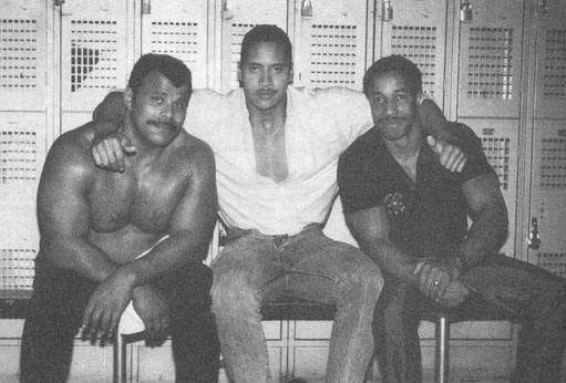 """This Is How """"The Rock"""" Look Liked When He Was A Teenager"""