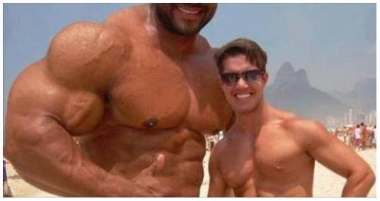 10 Worst Photoshopped Muscle Images That Failed Miserably