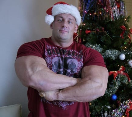 Bodybuilders-Wearing-Normal-Clothes-2