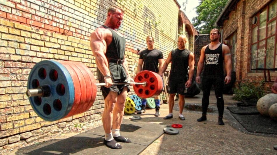 Bodybuilder Owns FOUR Powerlifters In An EPIC Deadlift Battle
