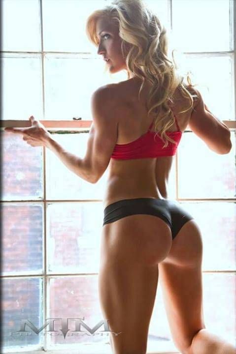 girls that squat more than you3