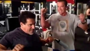 Arnold Schwarzenegger & Lou Ferrigno – Training and Trolling Around At Gold's Gym