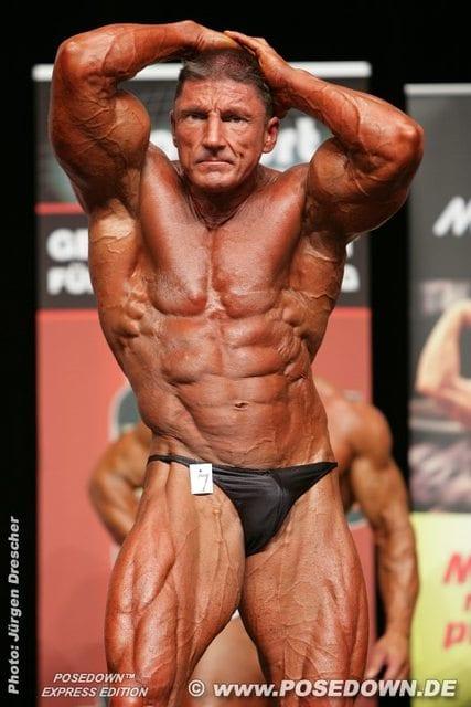 nipless bodybuilder
