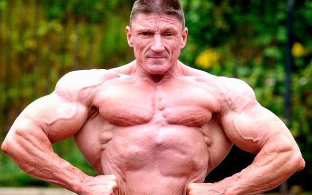 nipless bodybuilder2