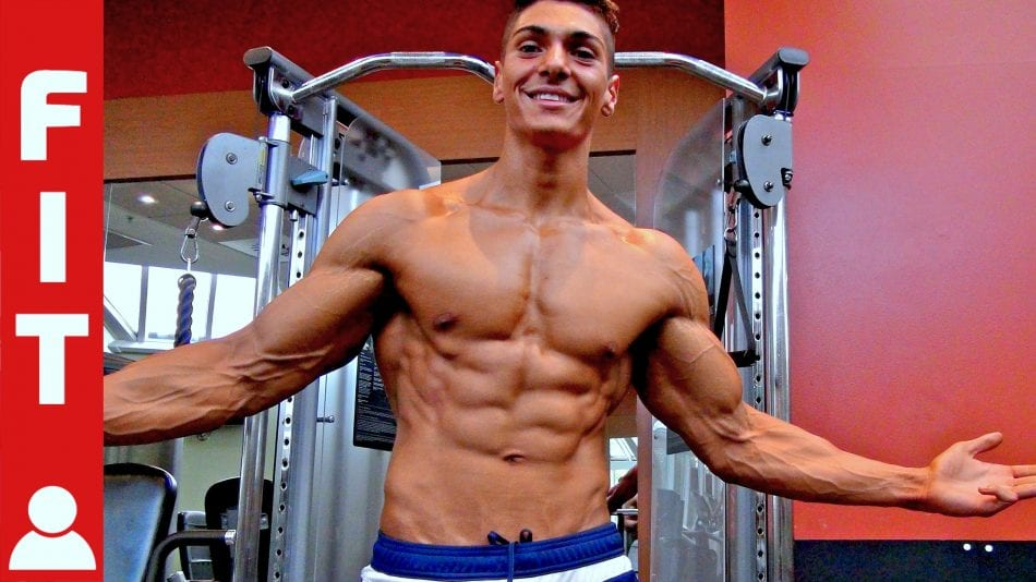 This 19 Year Old Incredibly Ripped Bodybuilder Had A 44 Inch Waist