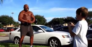 Bodybuilder Big Lenny Gets Tasered