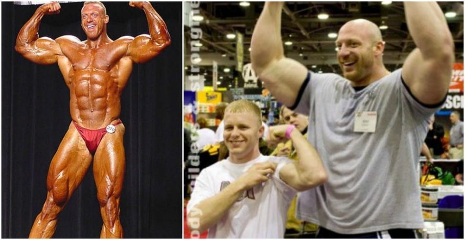 "See This Massive Giant (6'6"" - 198cm) Bodybuilder Dwarf"